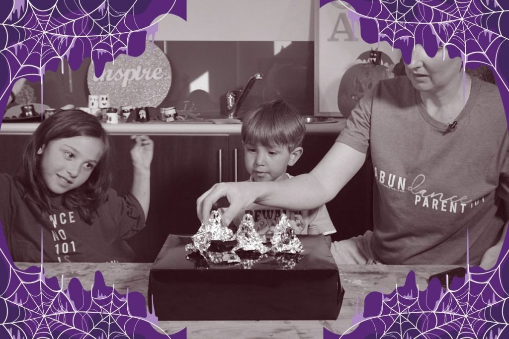 Make Halloween Craft Dance – Fun Kids Science Activity!