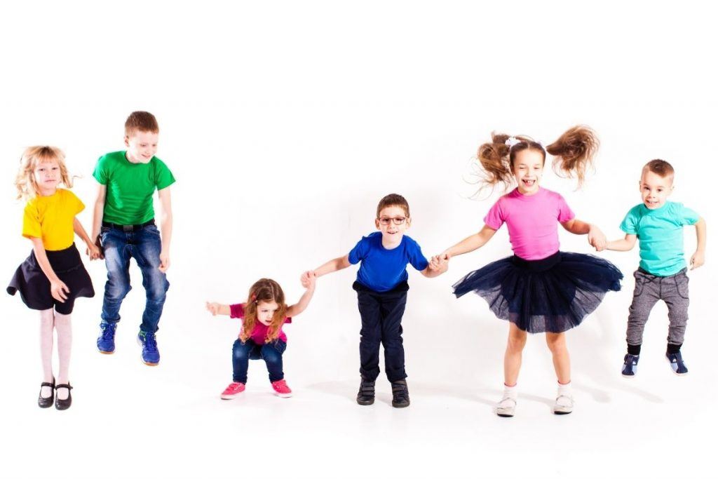 Help your child learn their Colors with free Dance & Movement classes!